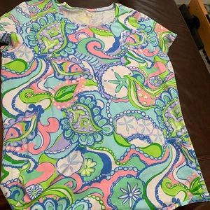 XL Lilly tee